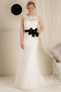bridal-gown_onlyyoubyjeanfox_annika_black