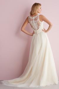 bridal-gowns_allure-romance_2716_B