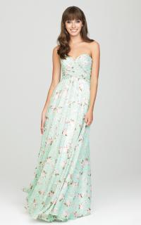 bridesmaids_allure_1441
