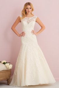 bridal-gowns_allure-romance-2760_F