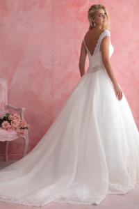 bridal-gowns_allure-romance-2806_B