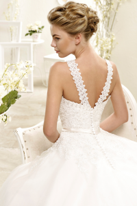 bridal-gowns_eddyk__AK120_B